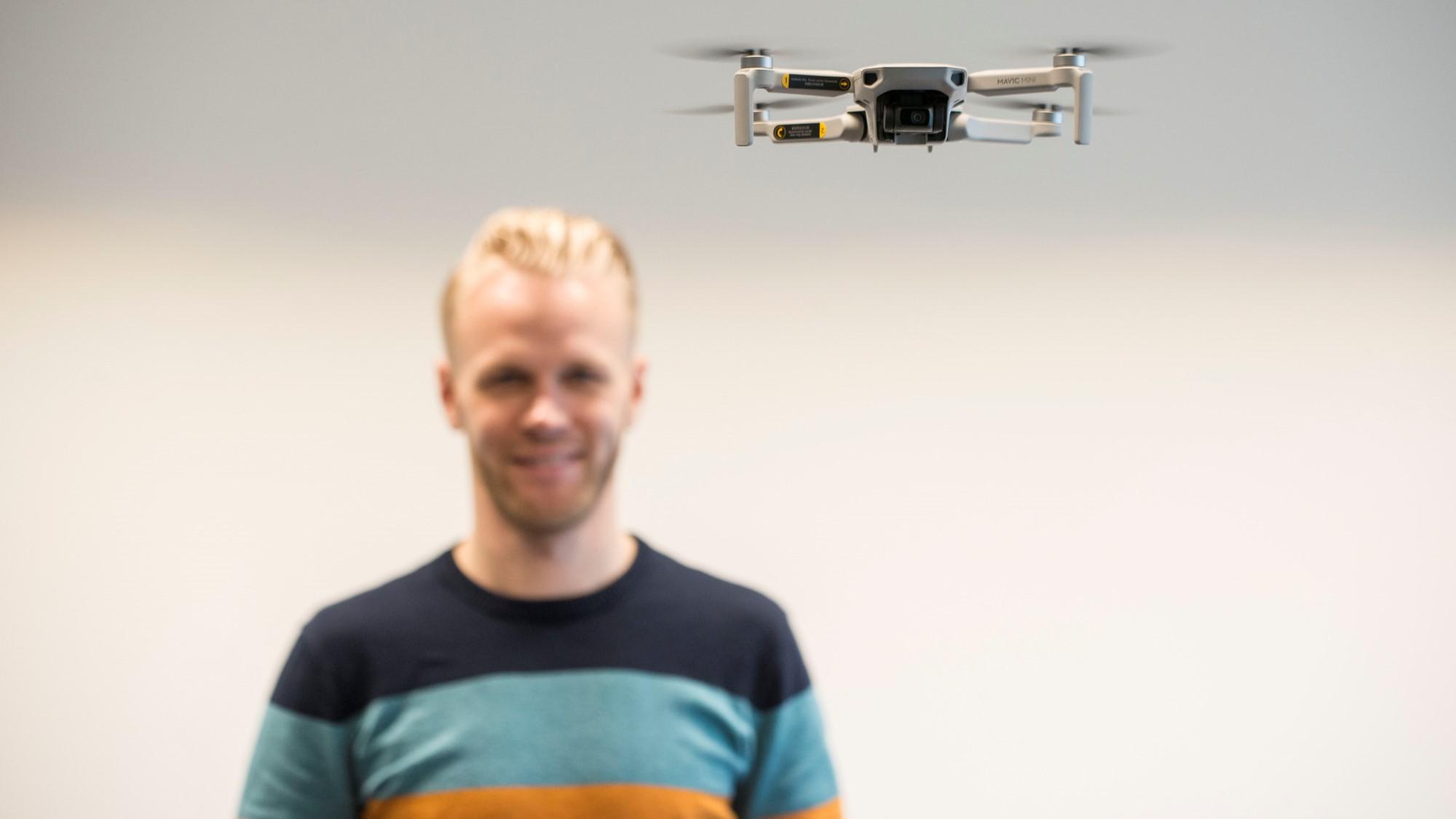 (klein) Closeup Drone III